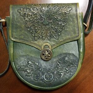 Pagan symbol purse Celtic/green